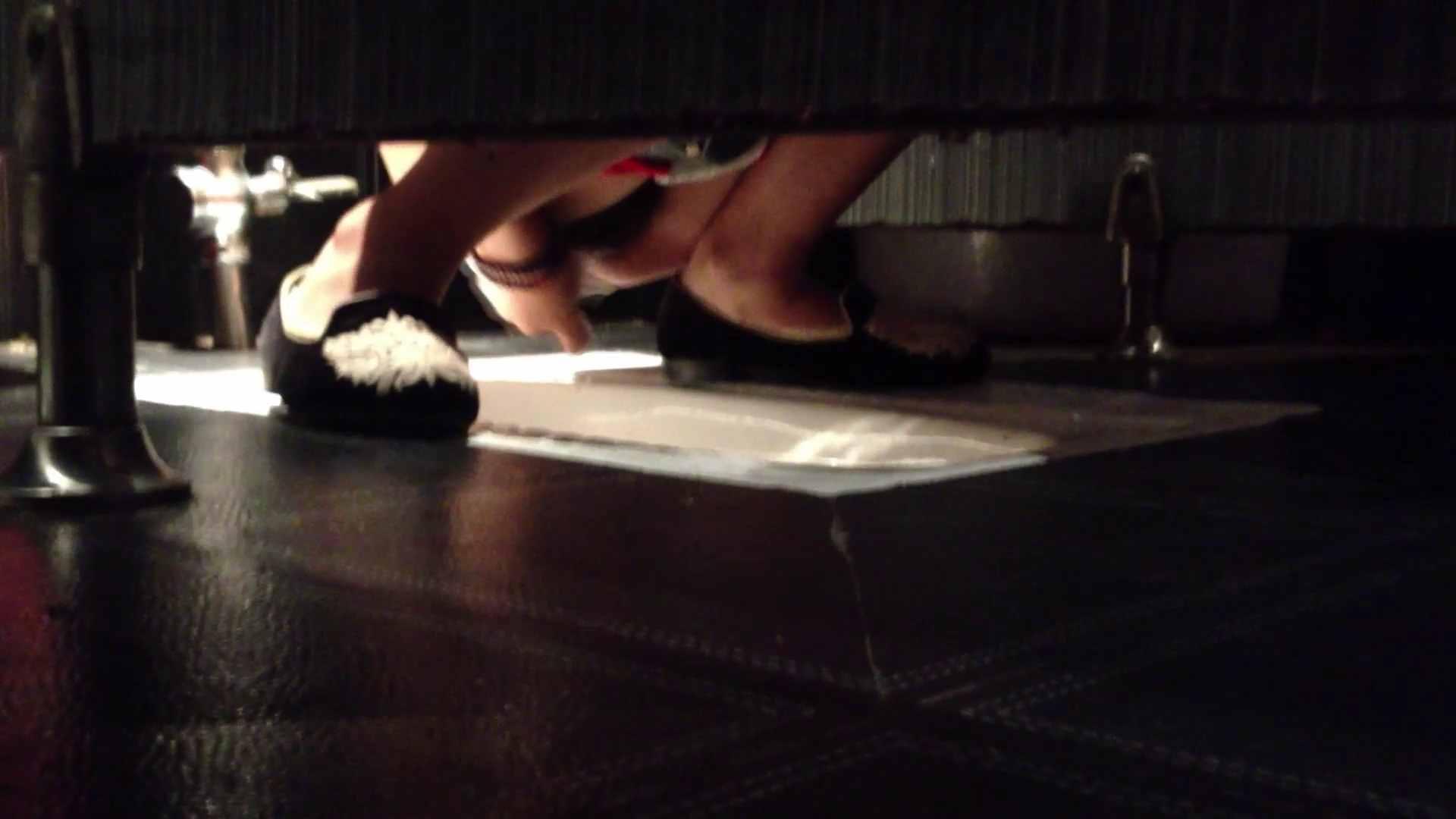セックスアダルト動画|ギャルのツルピカ潜入盗撮!Vol.01 ツルピカ美女の大放nyo|怪盗ジョーカー