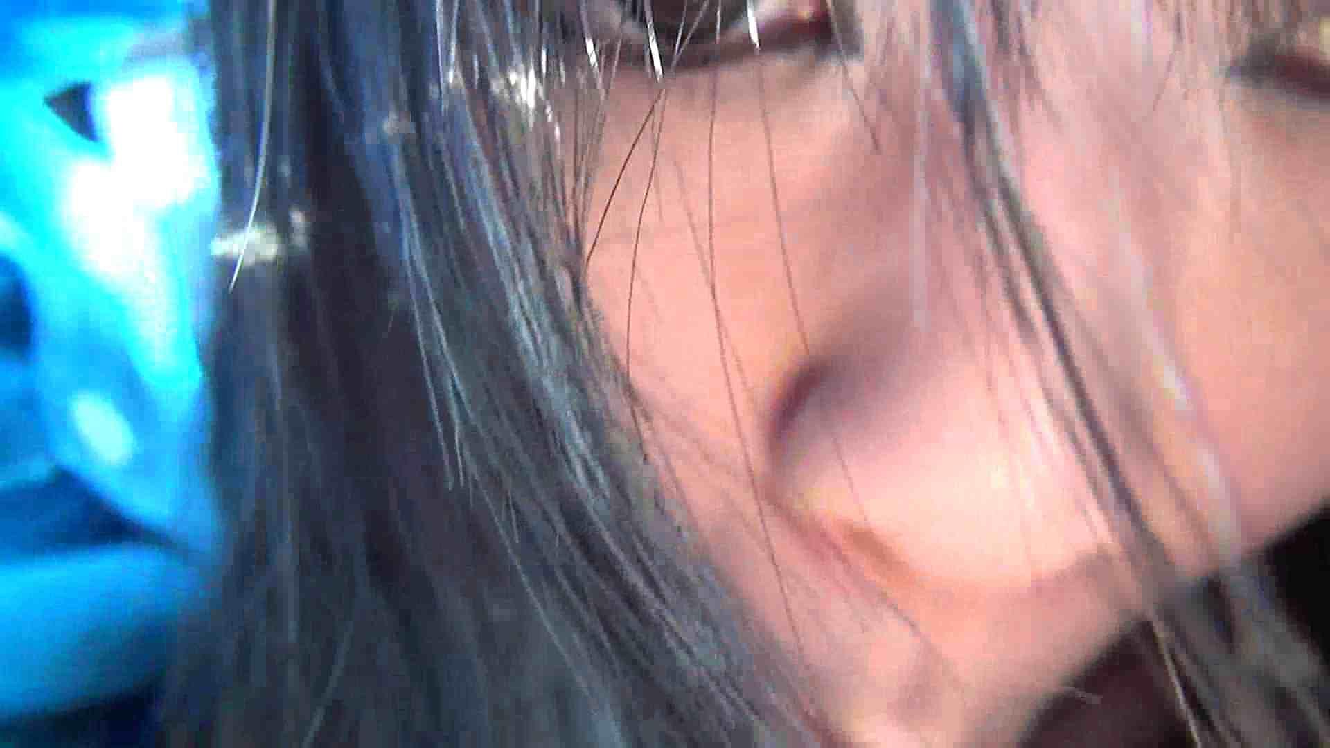 【女の時・01】ドライブ中と公衆施設で 盗撮   オマンコ全開  78PIX 53