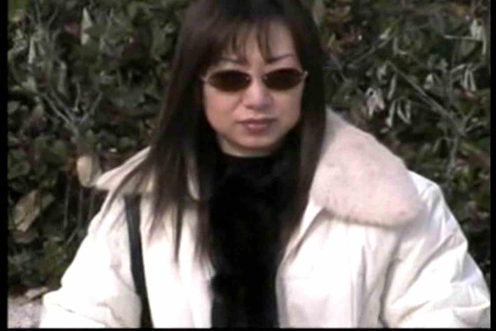 美熟女の野外露出プレイ 野外   車でエッチ  50PIX 25