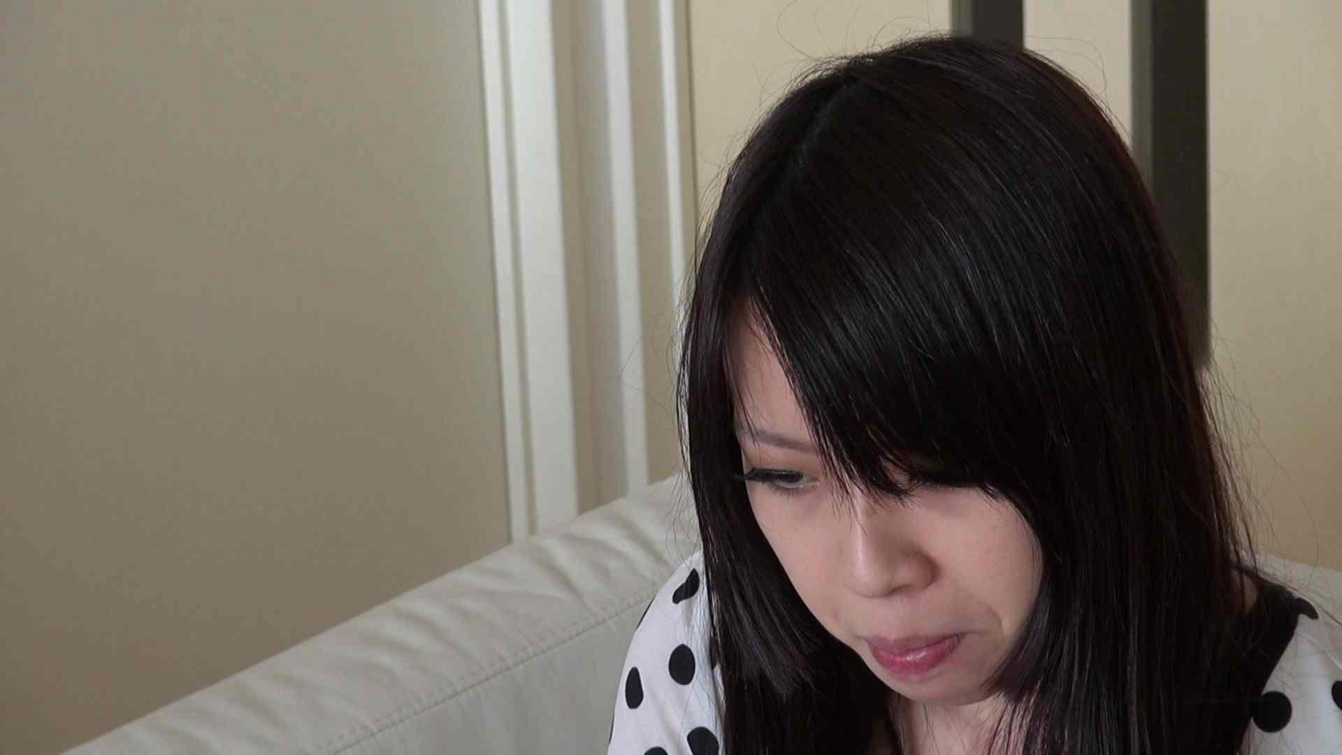 自宅で今回の出演までの経緯を語る志穂さん 覗き ワレメ無修正動画無料 80PIX 11