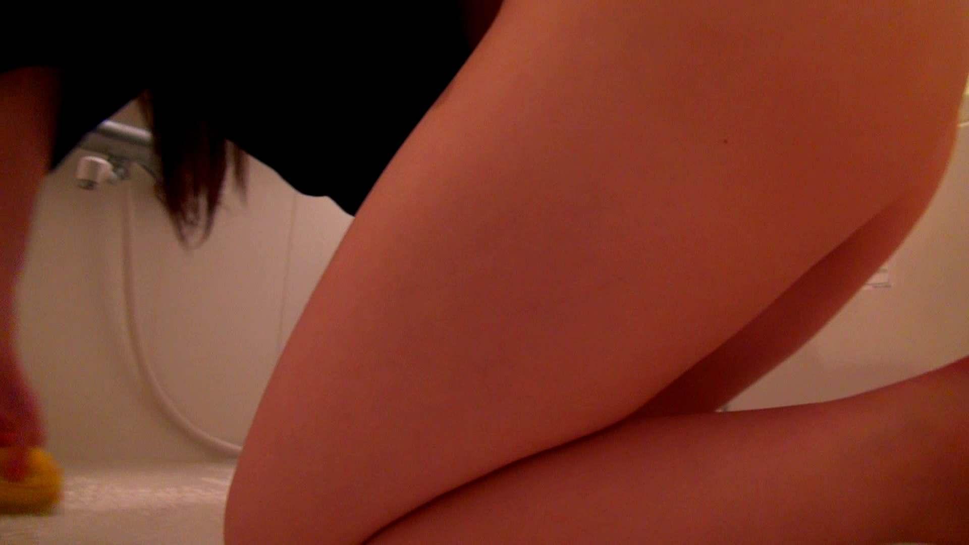 下半身裸で風呂の掃除をしてもらいました。 おまんこ スケベ動画紹介 93PIX 18