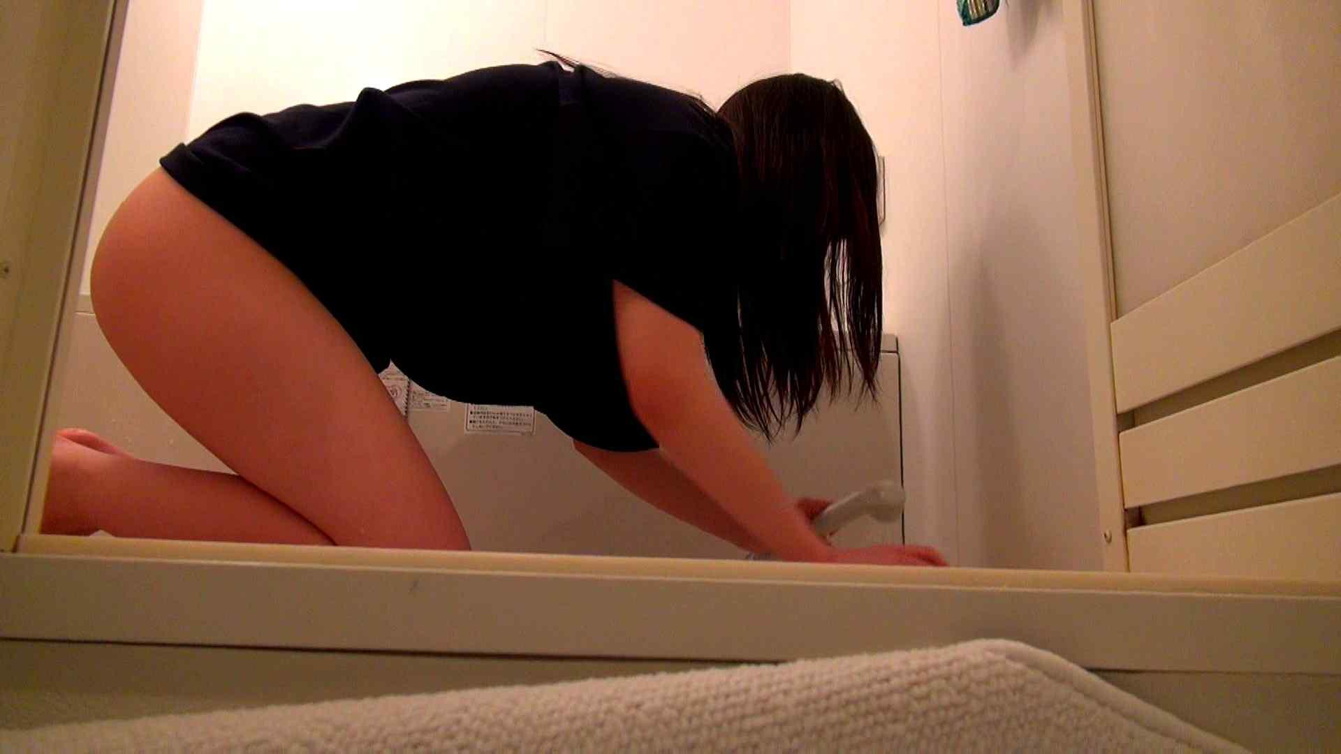 下半身裸で風呂の掃除をしてもらいました。 おまんこ スケベ動画紹介 93PIX 38