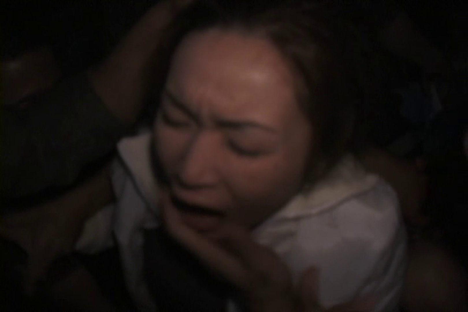 飢えた男達が買い物帰りの女性達に・・・!~vo,1 車でエッチ | 0  105PIX 57