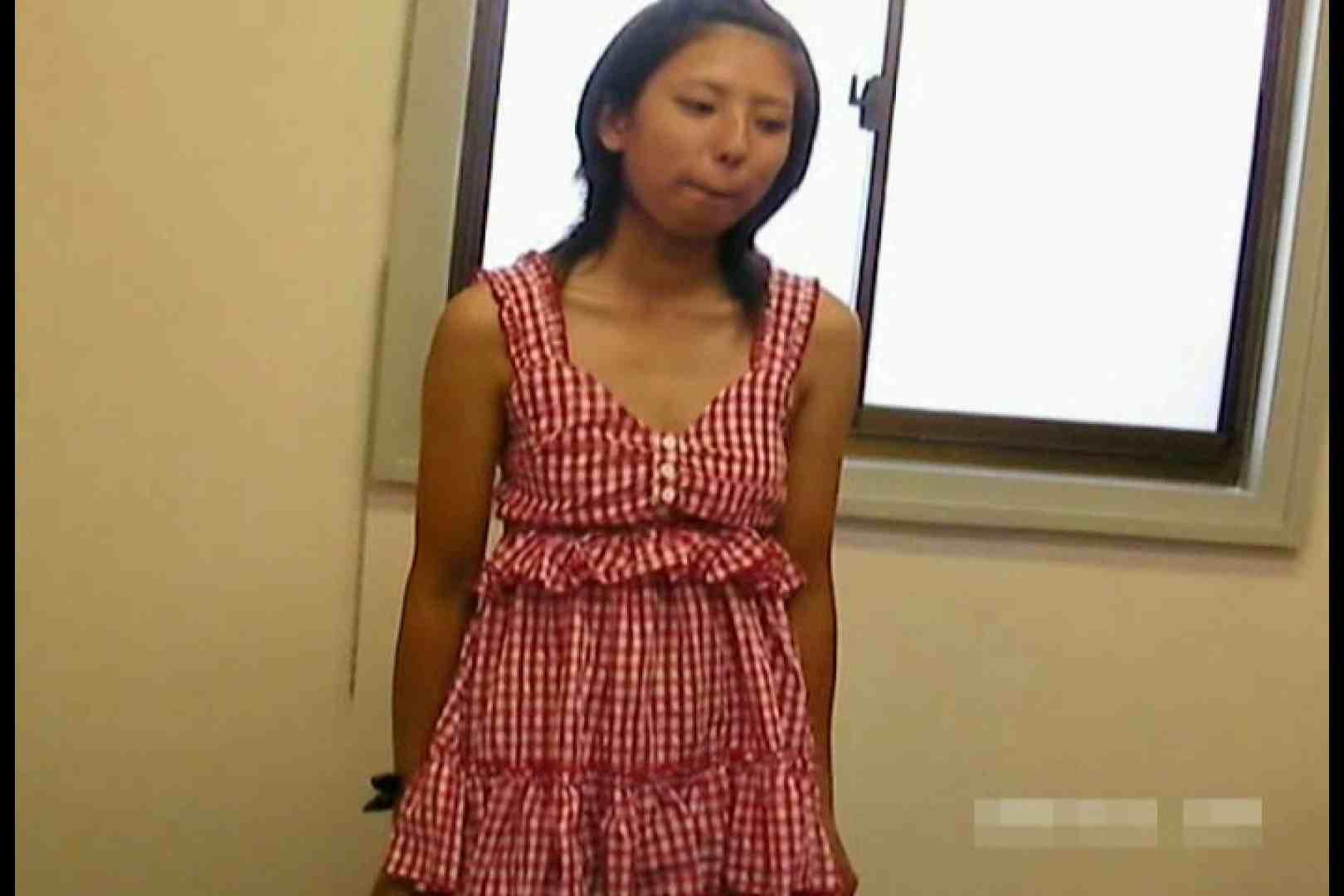 素人撮影 下着だけの撮影のはずが・・・エミちゃん18歳 盗撮 SEX無修正画像 85PIX 58