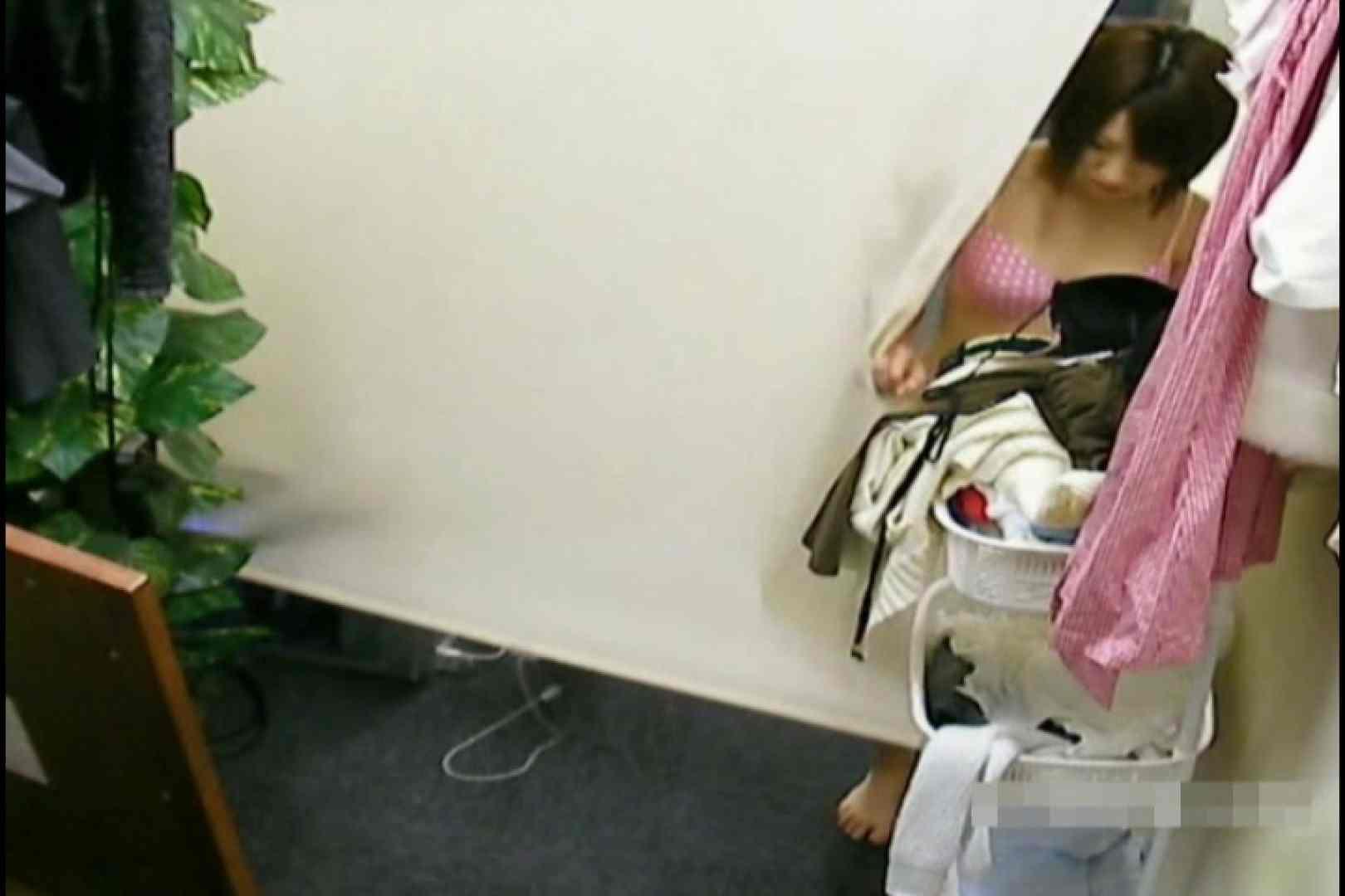 素人撮影 下着だけの撮影のはずが・・・れみ18歳 盗撮  60PIX 56