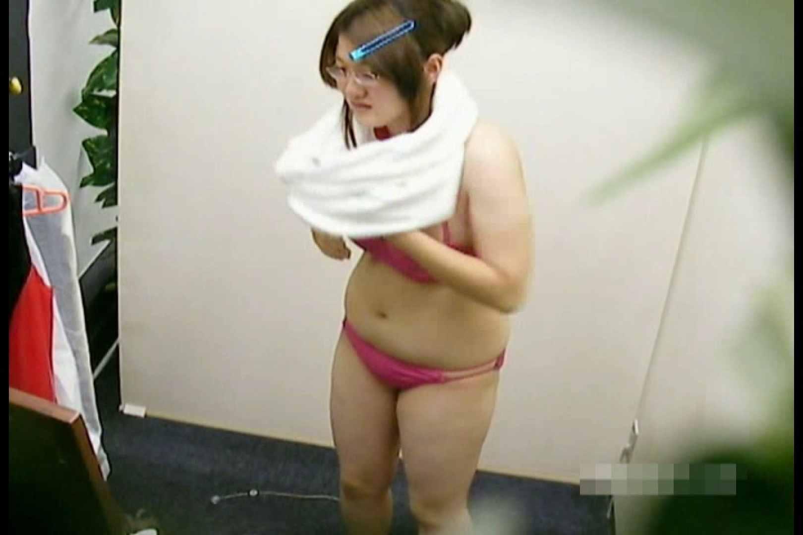 素人撮影 下着だけの撮影のはずが・・・えりか18歳 巨乳 | 乳首  104PIX 67