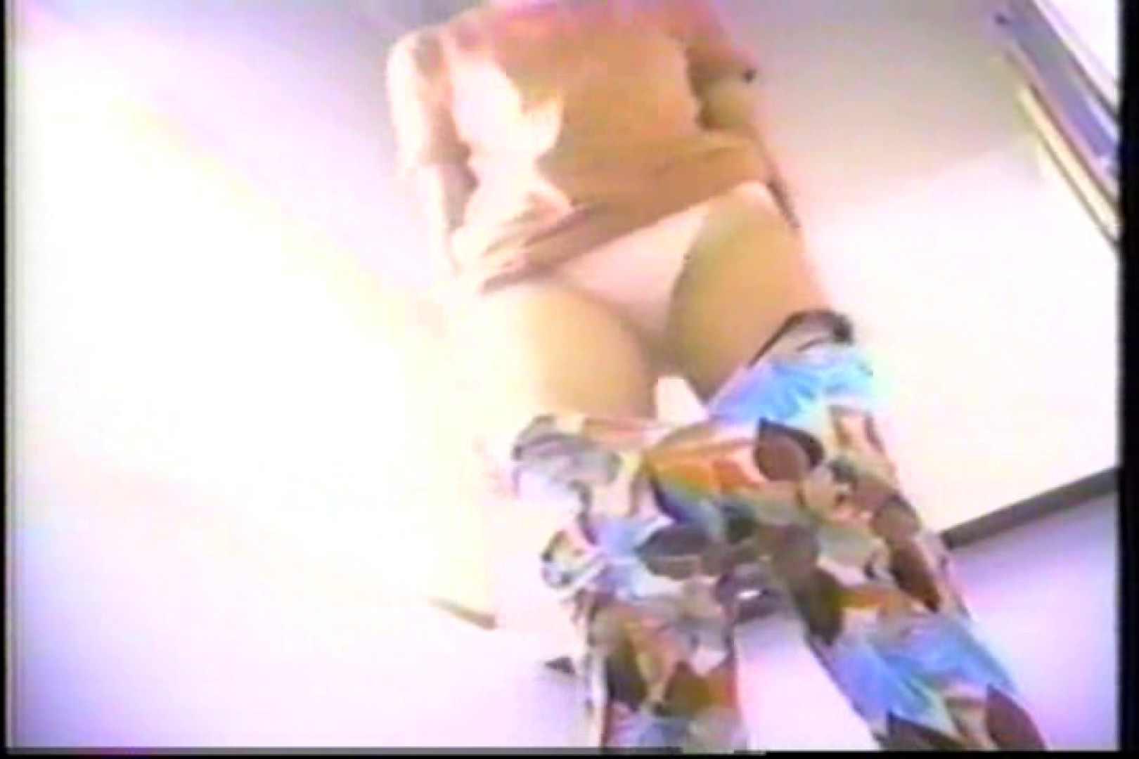 海の家の個室更衣室盗撮 全身全裸が丸見え TK-95 グループ乱行 AV無料動画キャプチャ 87PIX 4