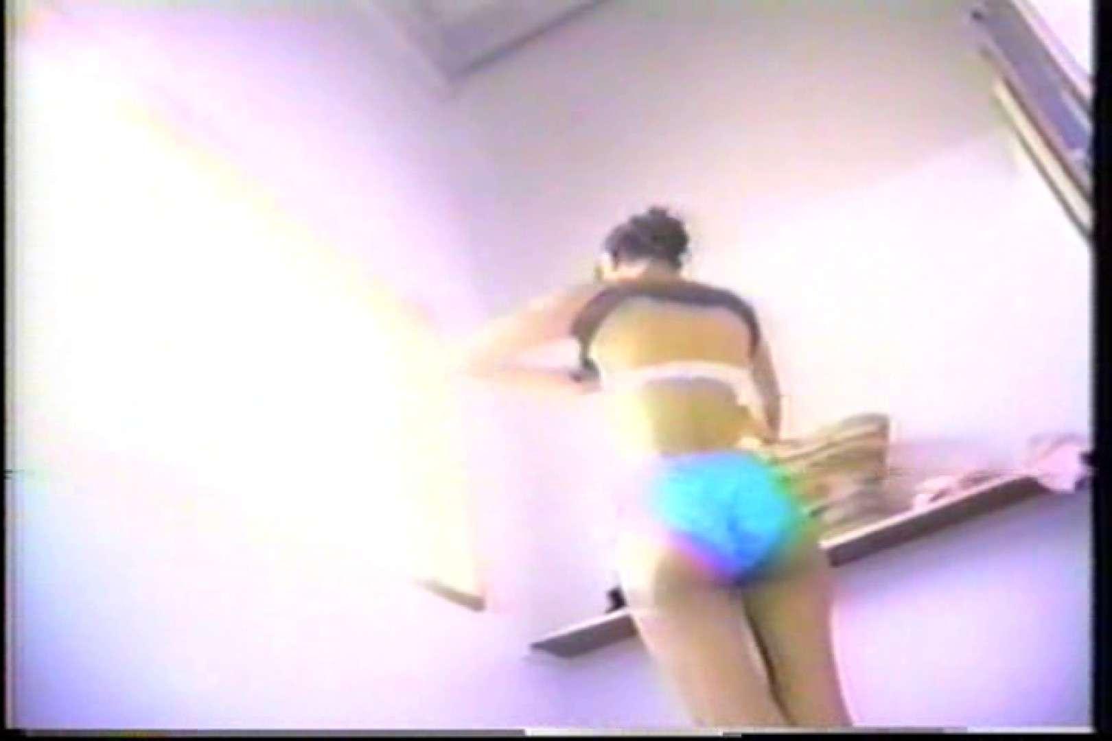 海の家の個室更衣室盗撮 全身全裸が丸見え TK-95 盗撮 オマンコ動画キャプチャ 87PIX 28