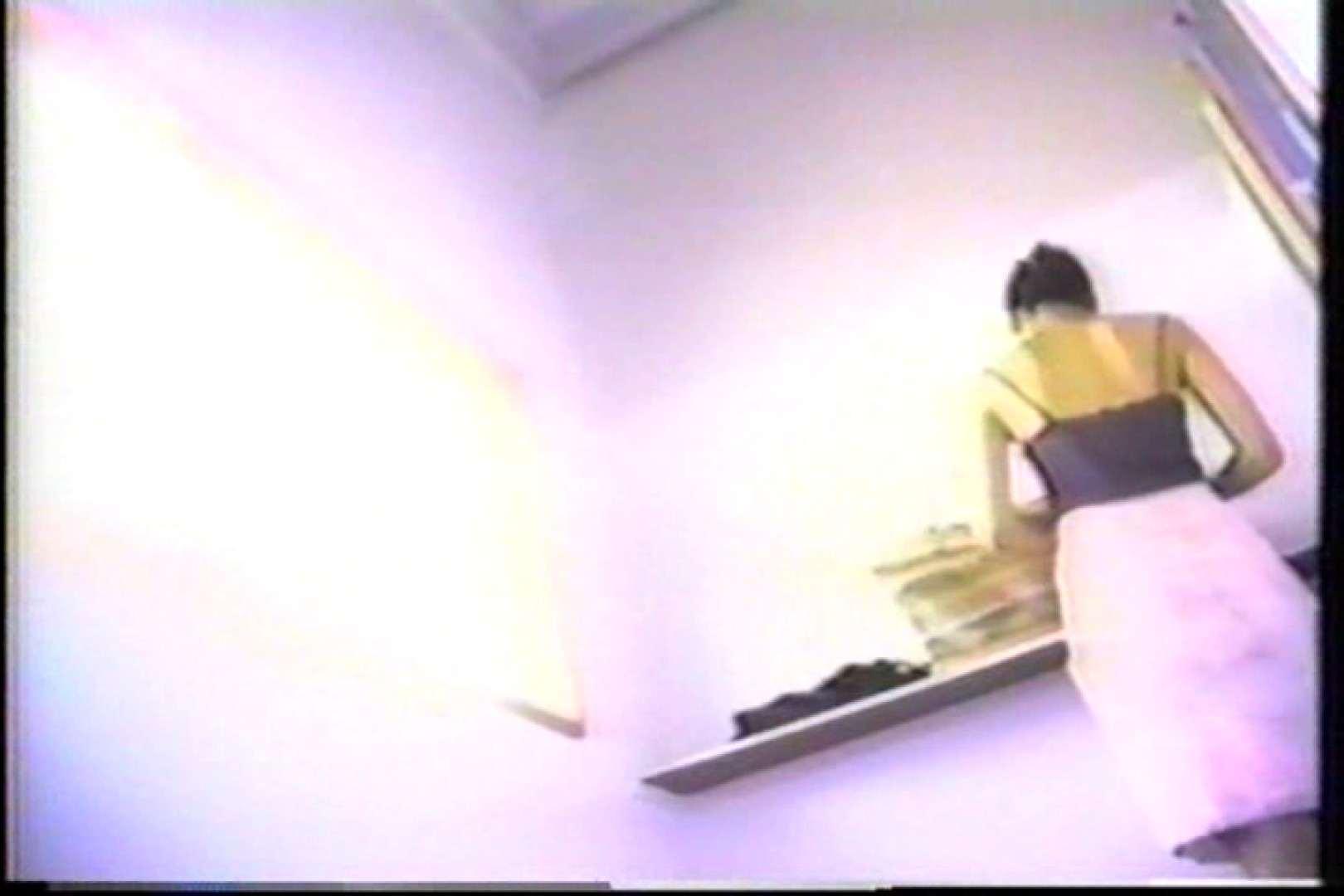海の家の個室更衣室盗撮 全身全裸が丸見え TK-95 丸見えマンコ   カップルのセックス  87PIX 31
