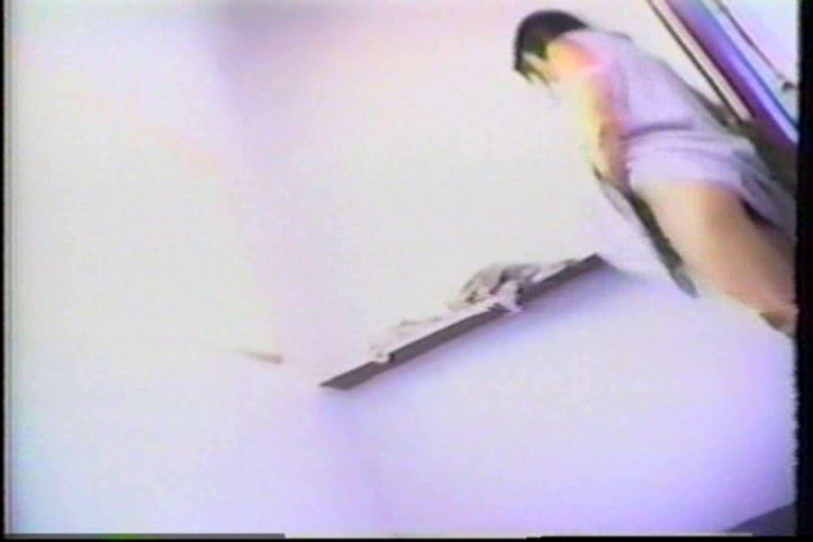 海の家の個室更衣室盗撮 全身全裸が丸見え TK-95 丸見えマンコ  87PIX 75