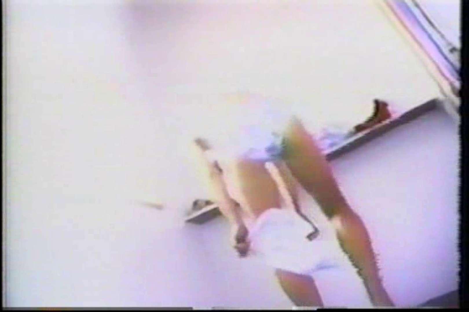 海の家の個室更衣室盗撮 全身全裸が丸見え TK-95 丸見えマンコ   カップルのセックス  87PIX 86