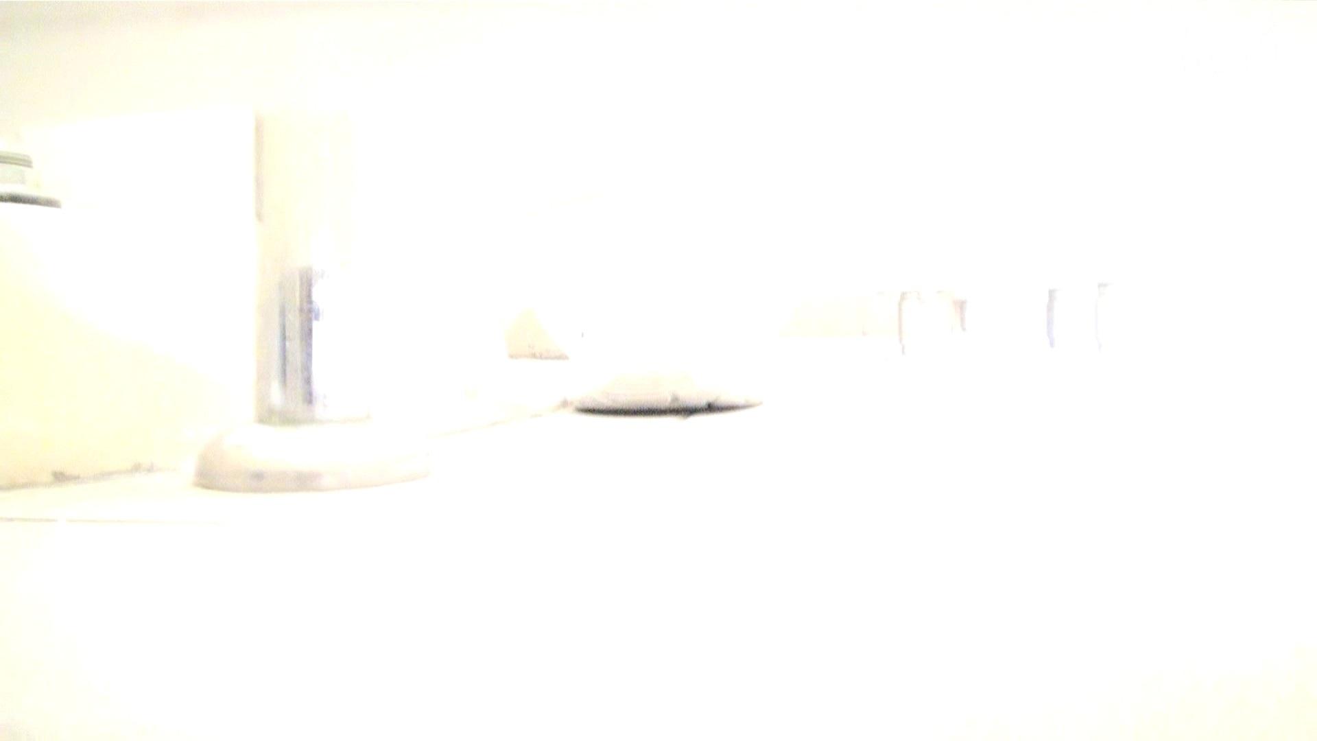 至高下半身盗撮-PREMIUM-【院内病棟編 】 vol.04 洗面所   盗撮  71PIX 69