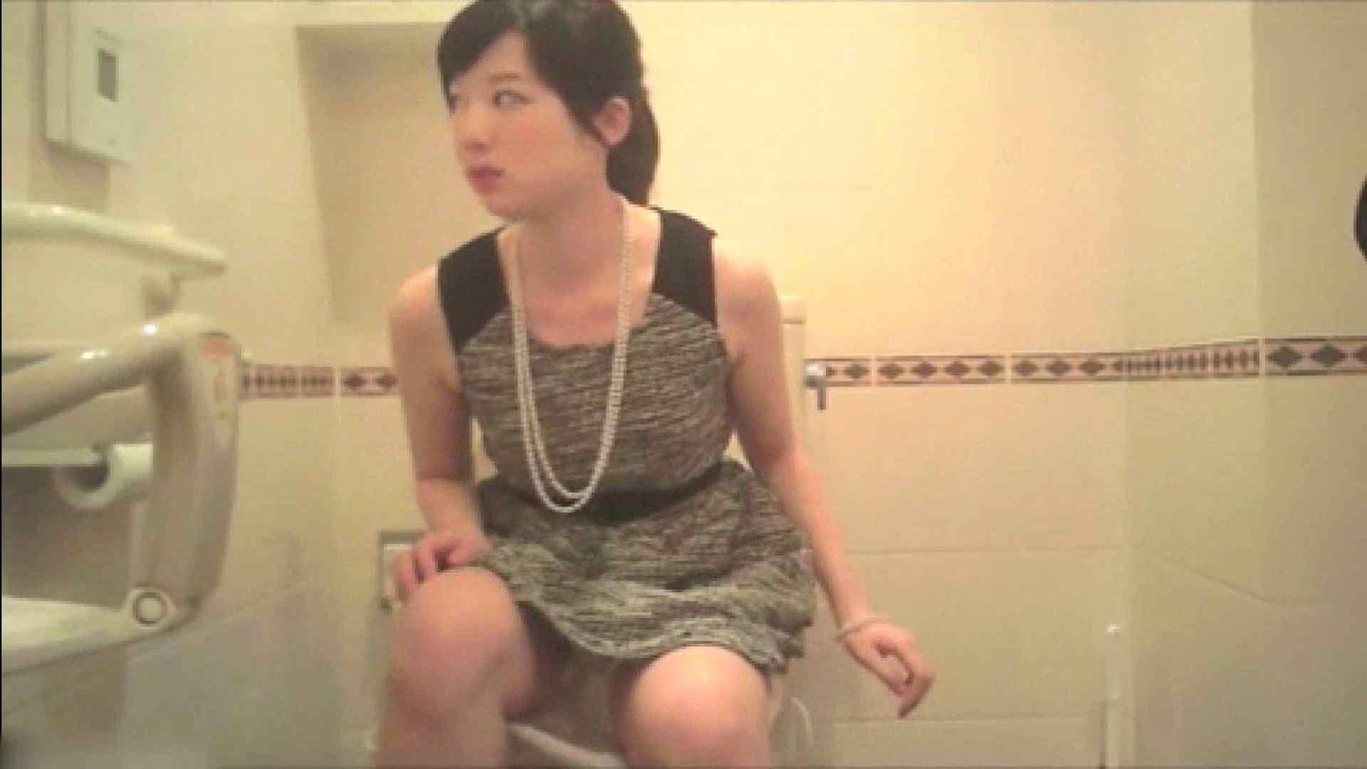 実録!!綺麗なお姉さんのトイレ事情・・・。vol.17 お姉さんのエッチ | うんこ  80PIX 76