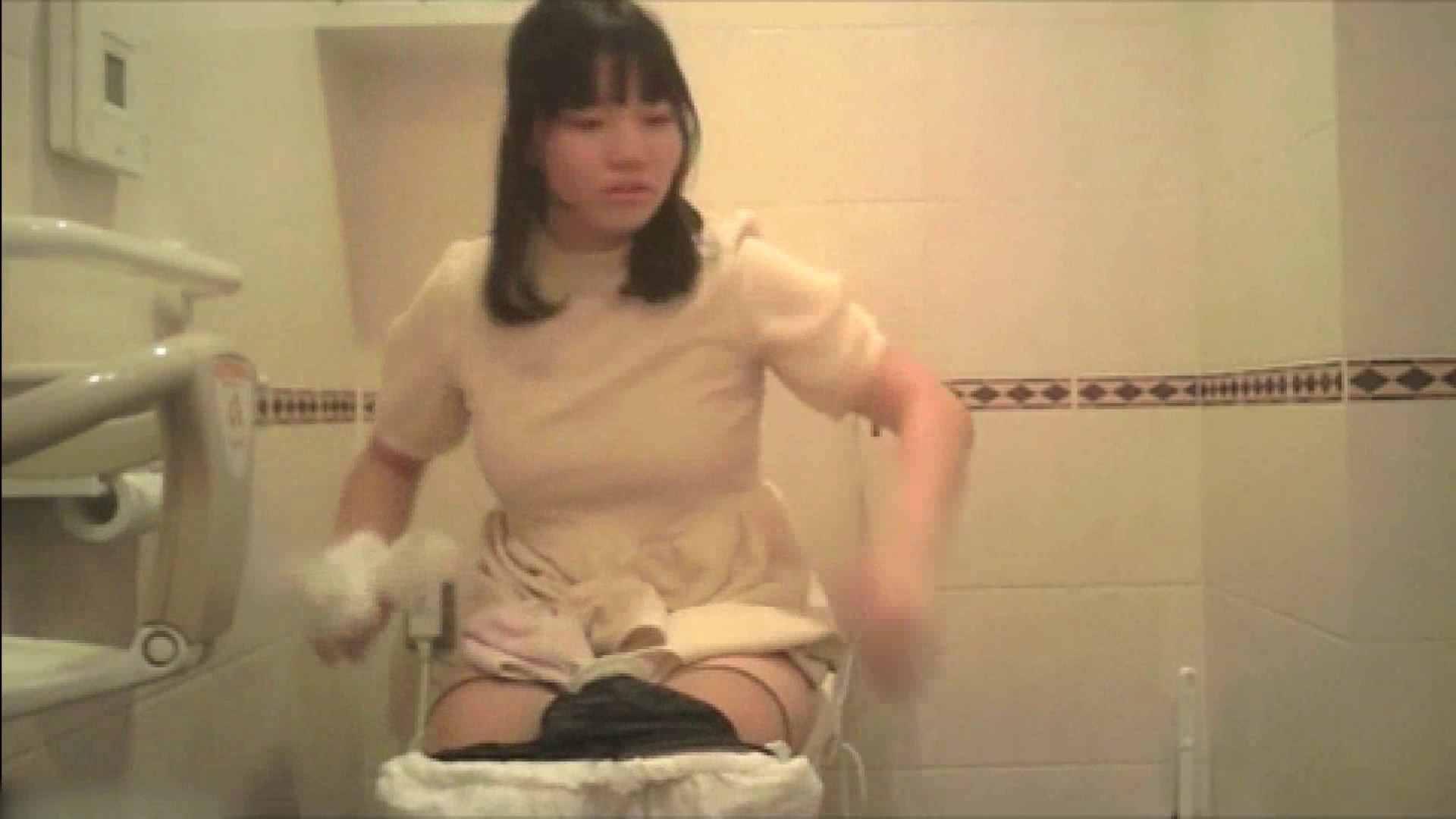 実録!!綺麗なお姉さんのトイレ事情・・・。vol.18 お姉さんのエッチ | OLヌード天国  104PIX 33