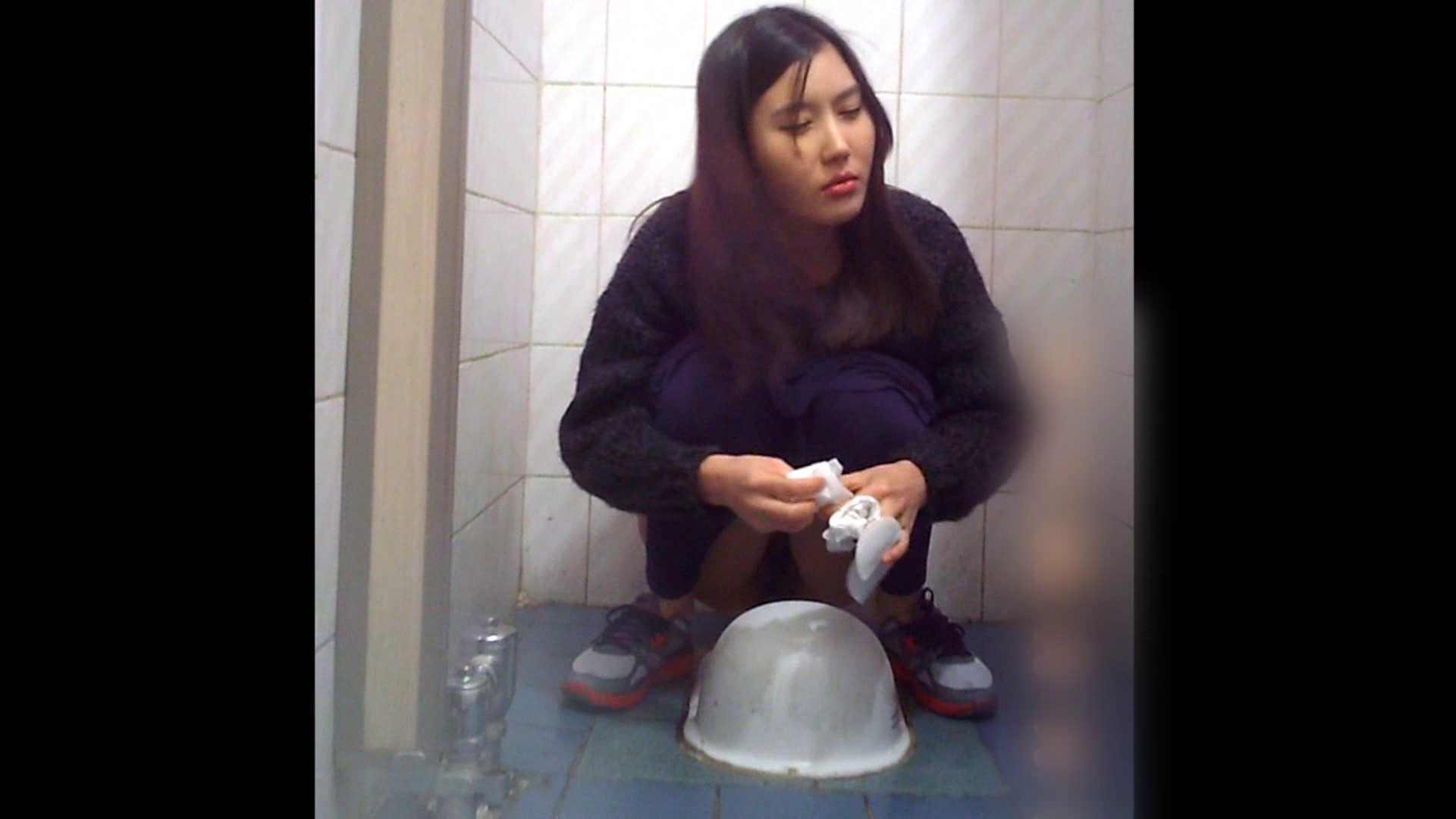 潜入!!韓国秘密のトイレ!Vol.10 潜入   OLヌード天国  95PIX 77
