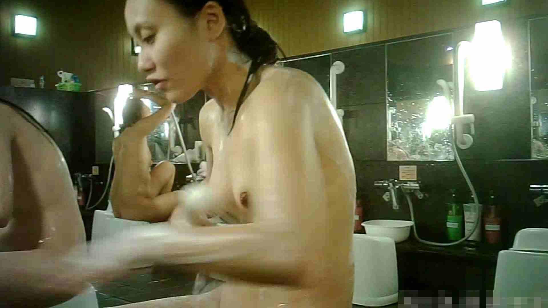 セックスアダルト動画 手を染めてしまった女性盗撮師の女風呂潜入記 vol.003 ピープフォックス(盗撮狐)