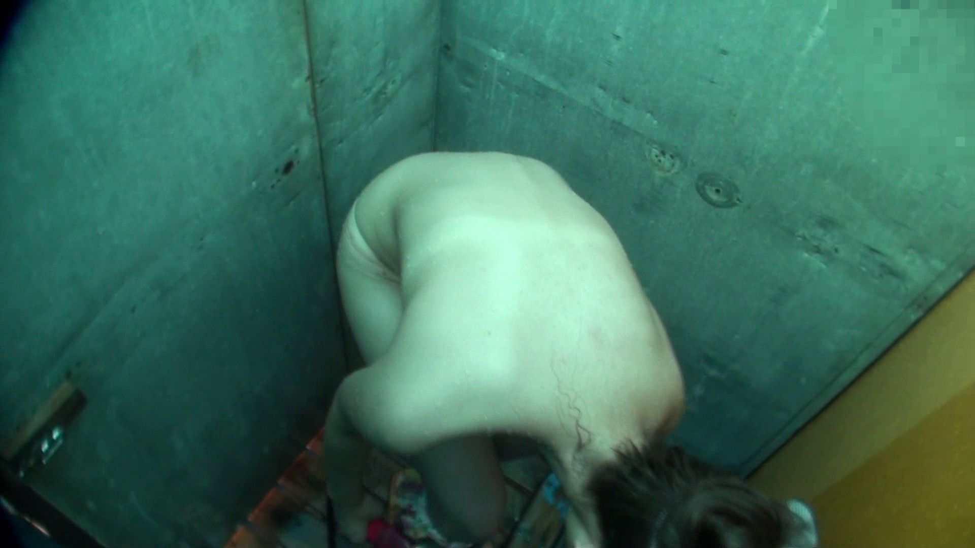 シャワールームは超!!危険な香りVol.6 超至近距離から彼女を凝視!! OLヌード天国  82PIX 63