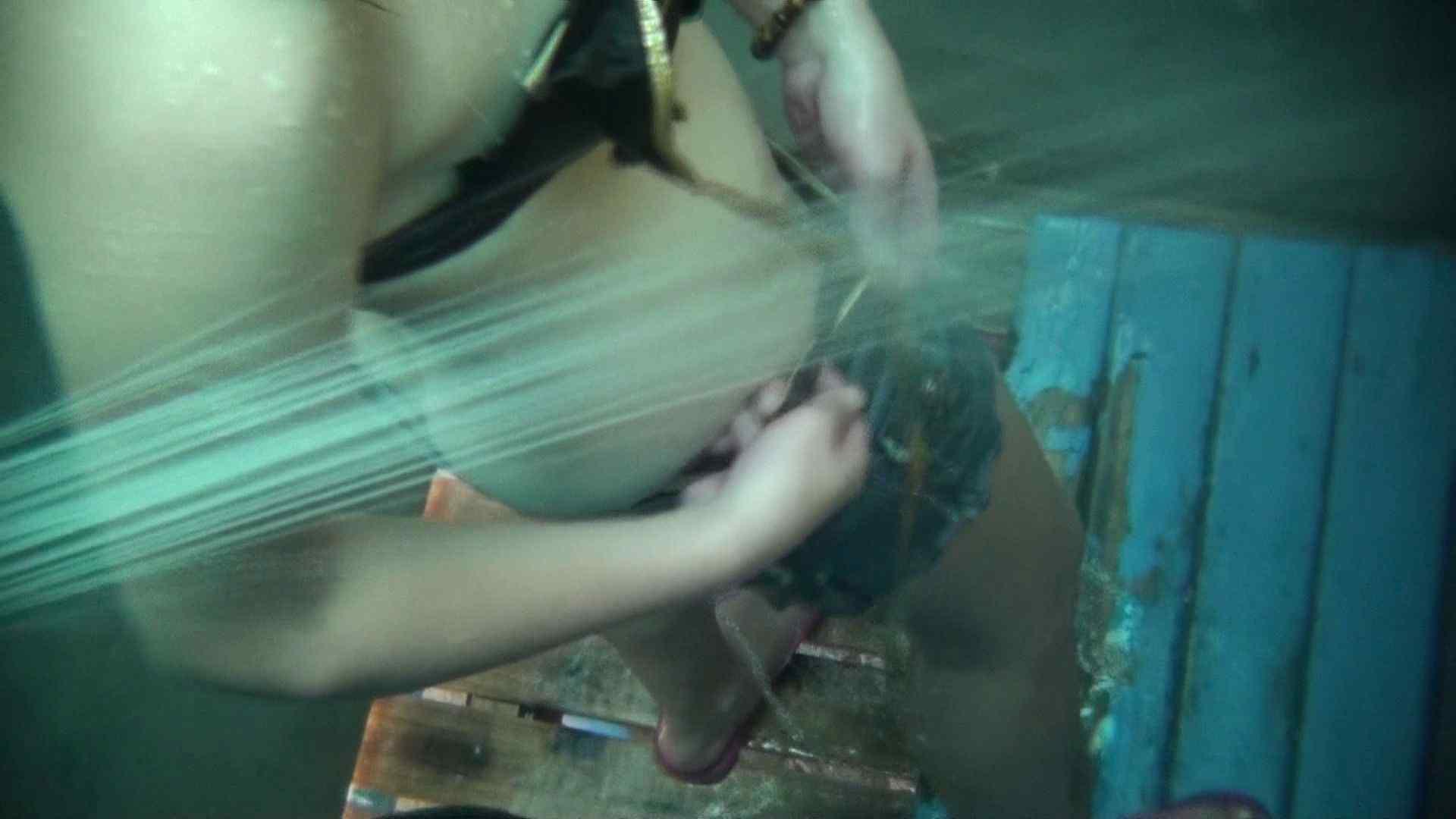 シャワールームは超!!危険な香りVol.19 顔だけ太った宇多田ヒカルのジラしのちら見せ 高画質  110PIX 78