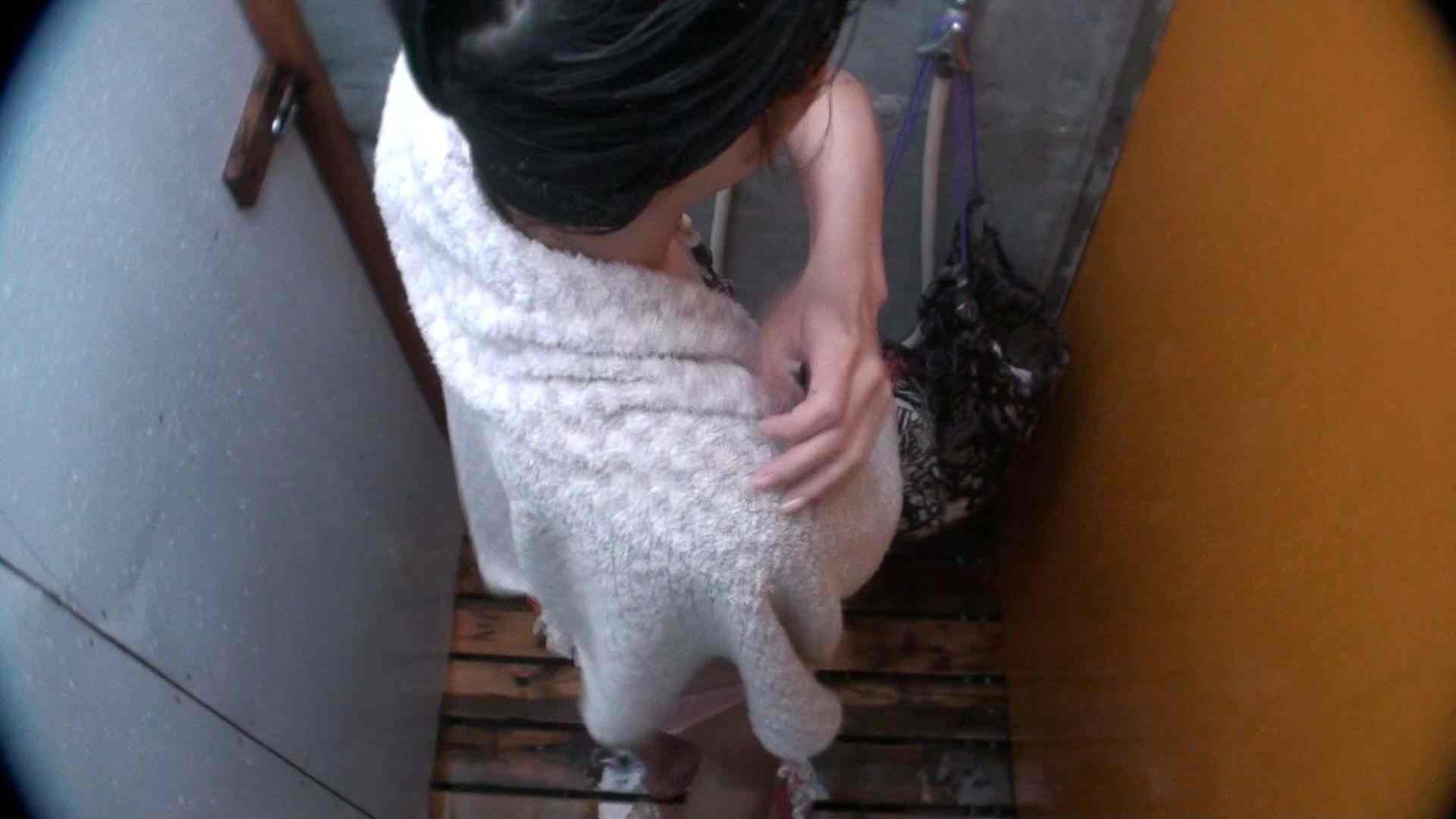 シャワールームは超!!危険な香りVol.21 オメメぱっちり貧乳ギャル鼻くそほじっても可愛いです シャワー | OLヌード天国  70PIX 51