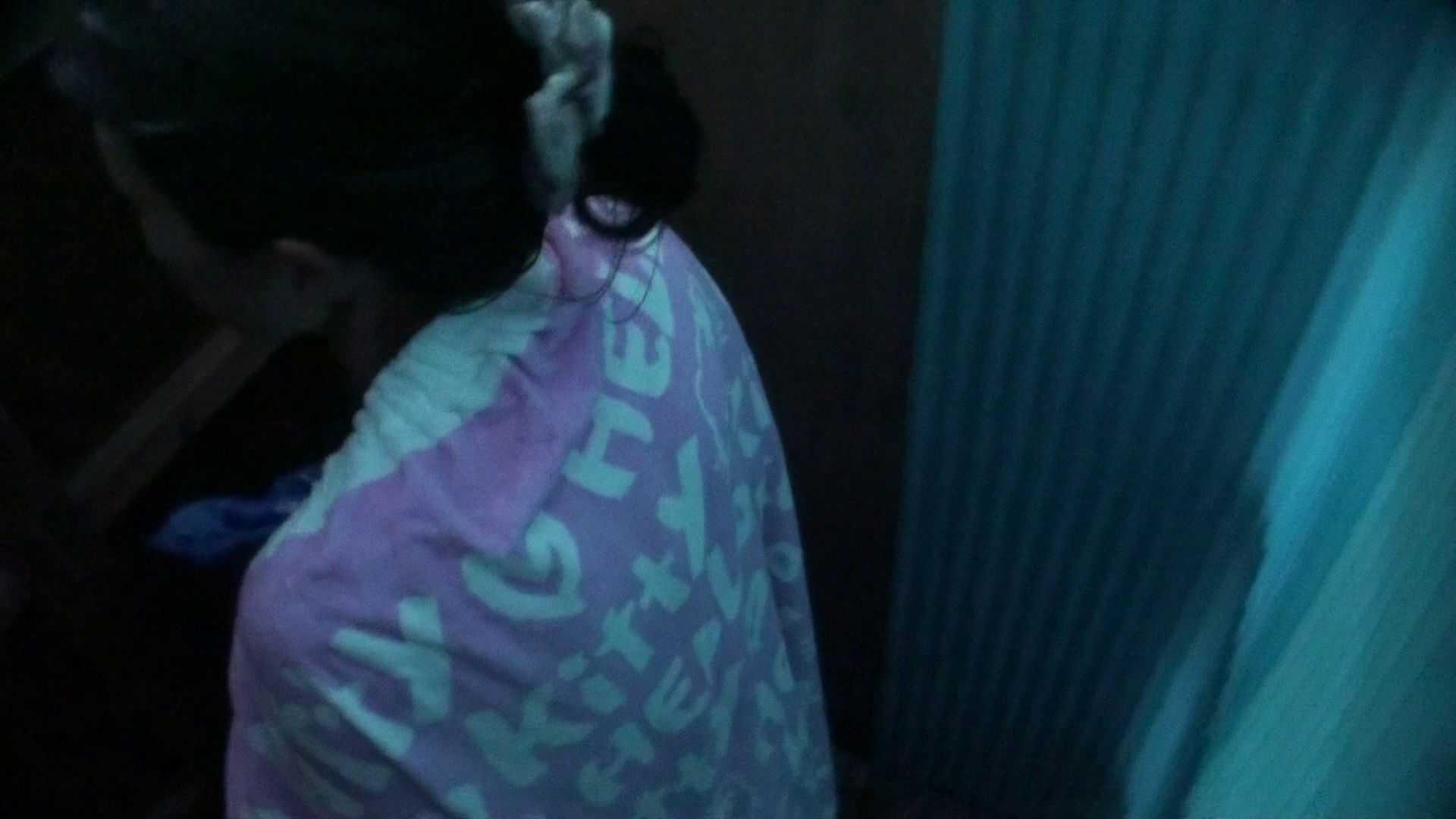 シャワールームは超!!危険な香りVol.26 大学生風美形ギャル 暗さが残念! シャワー すけべAV動画紹介 103PIX 3
