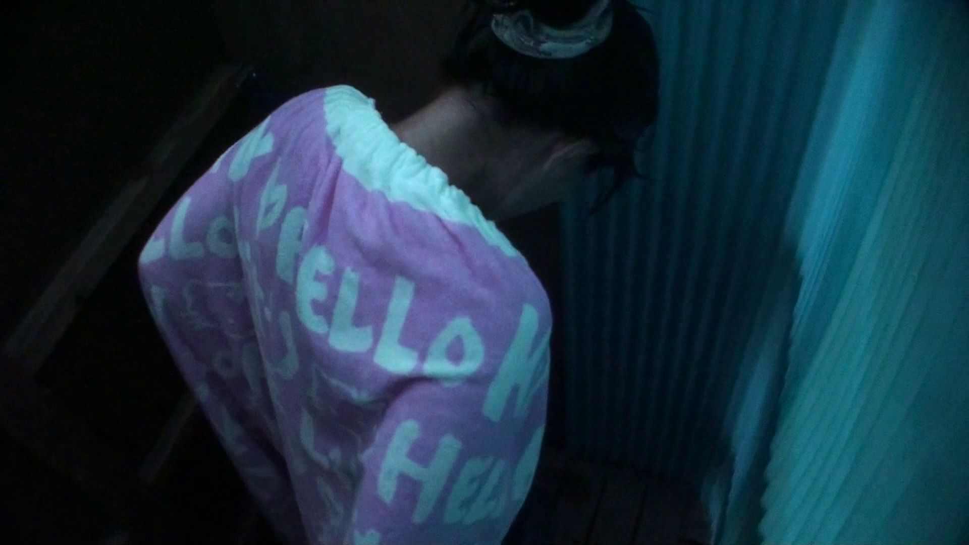 シャワールームは超!!危険な香りVol.26 大学生風美形ギャル 暗さが残念! シャワー すけべAV動画紹介 103PIX 51