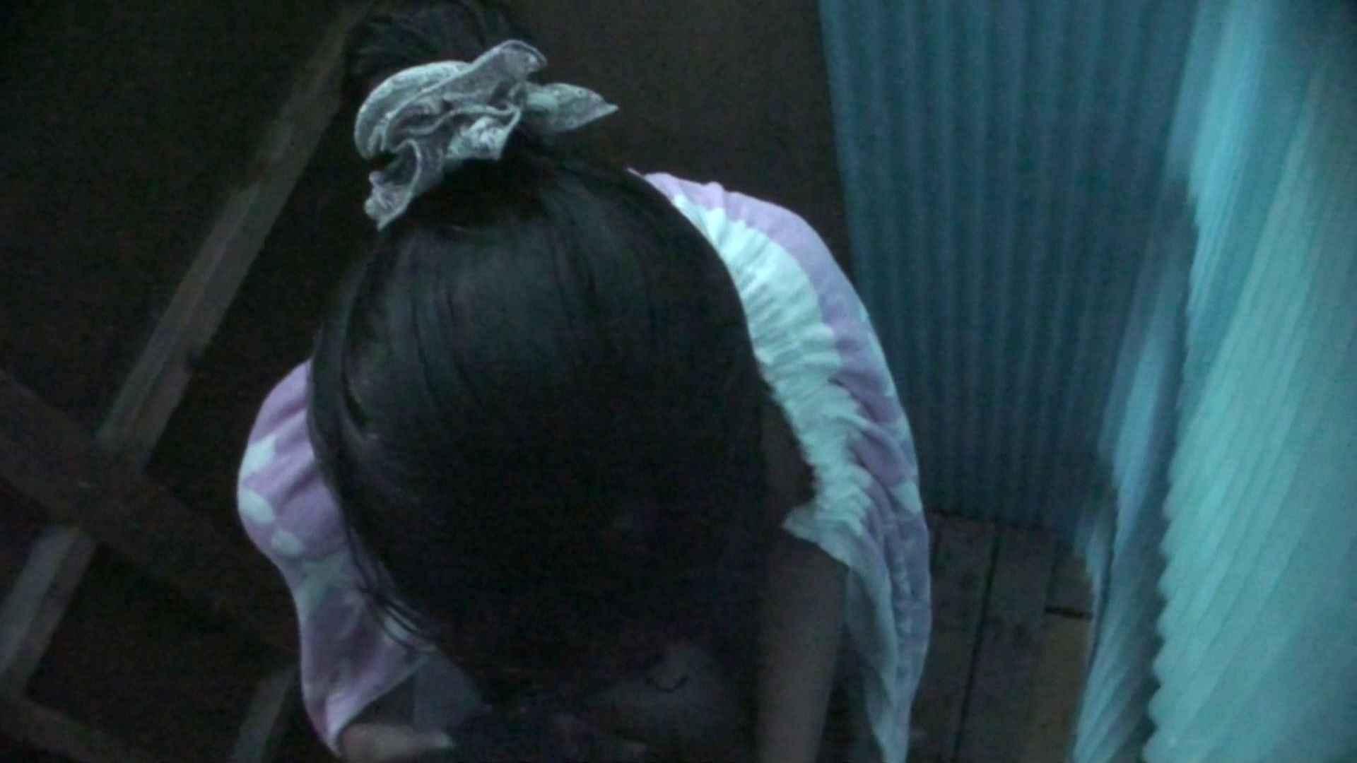 シャワールームは超!!危険な香りVol.26 大学生風美形ギャル 暗さが残念! 高画質  103PIX 60