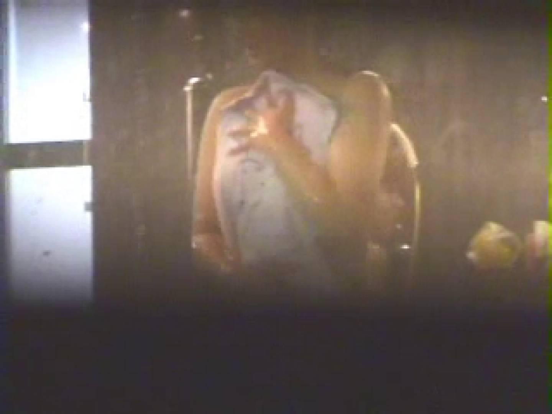 覗きの穴場 卒業旅行編03 入浴 濡れ場動画紹介 68PIX 23