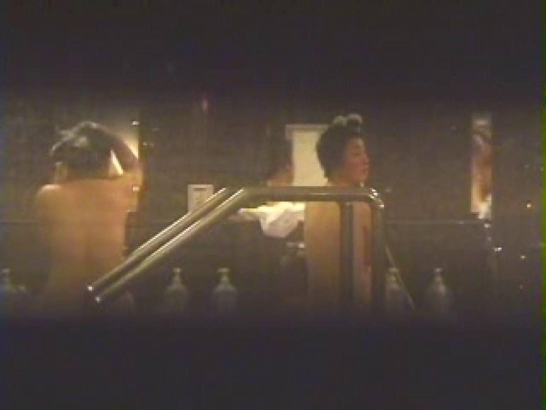 覗きの穴場 卒業旅行編03 望遠  68PIX 36