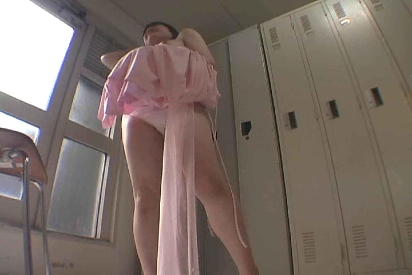 キャバ嬢舞台裏Vol.2 キャバ嬢 オマンコ無修正動画無料 66PIX 44