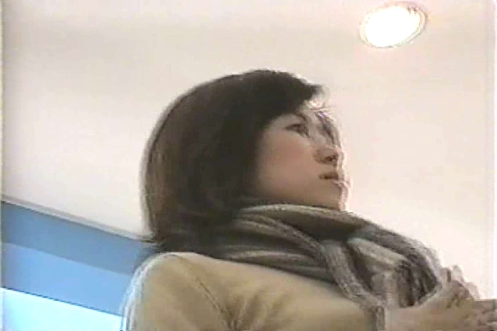 「ちくりん」さんのオリジナル未編集パンチラVol.2_02 チラ  84PIX 72