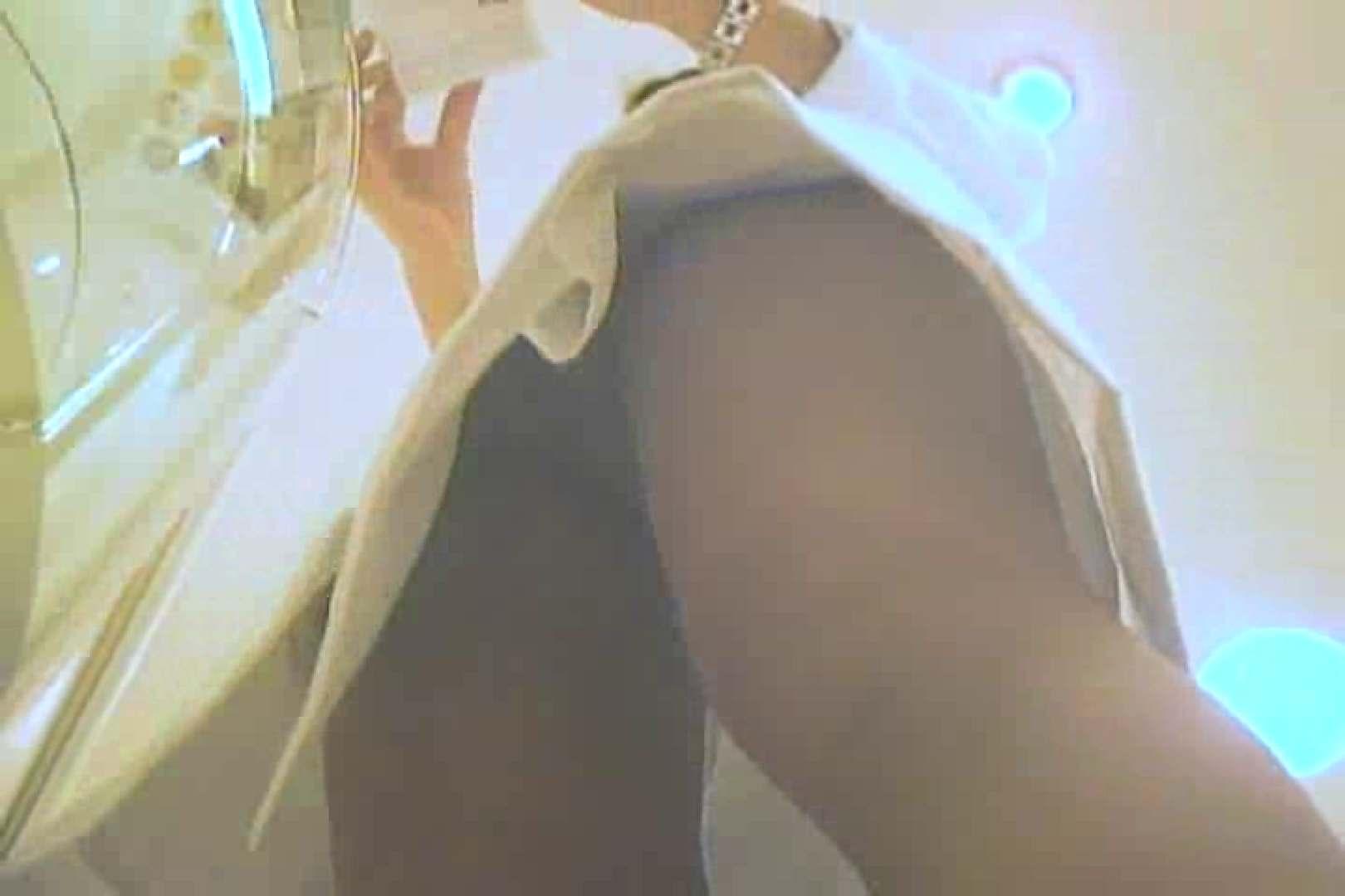デパートローアングル徘徊 靴カメ盗撮Vol.4 OLヌード天国 オメコ動画キャプチャ 73PIX 38