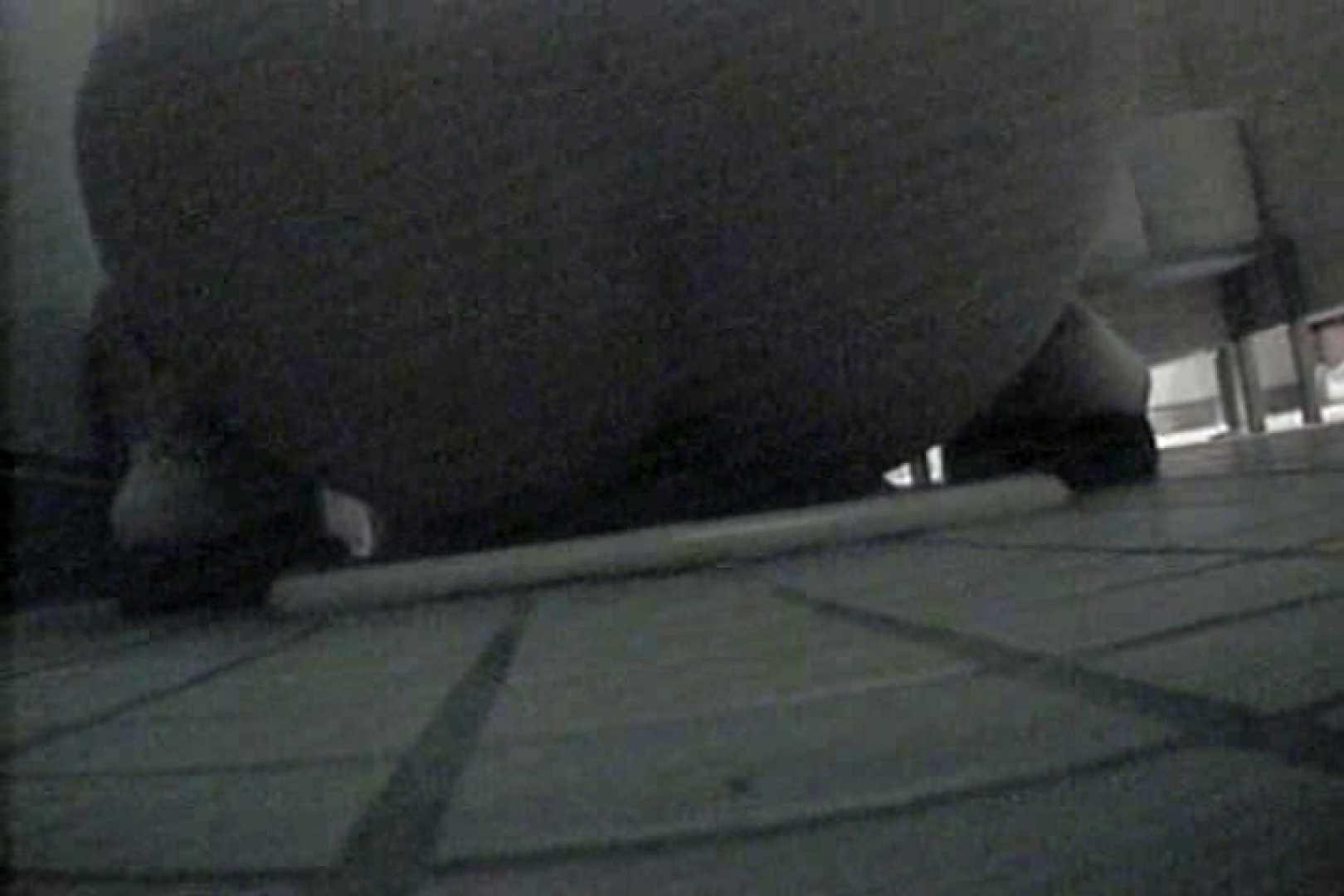 水泳部洗面所Vol.5 洗面所 隠し撮りオマンコ動画紹介 92PIX 21