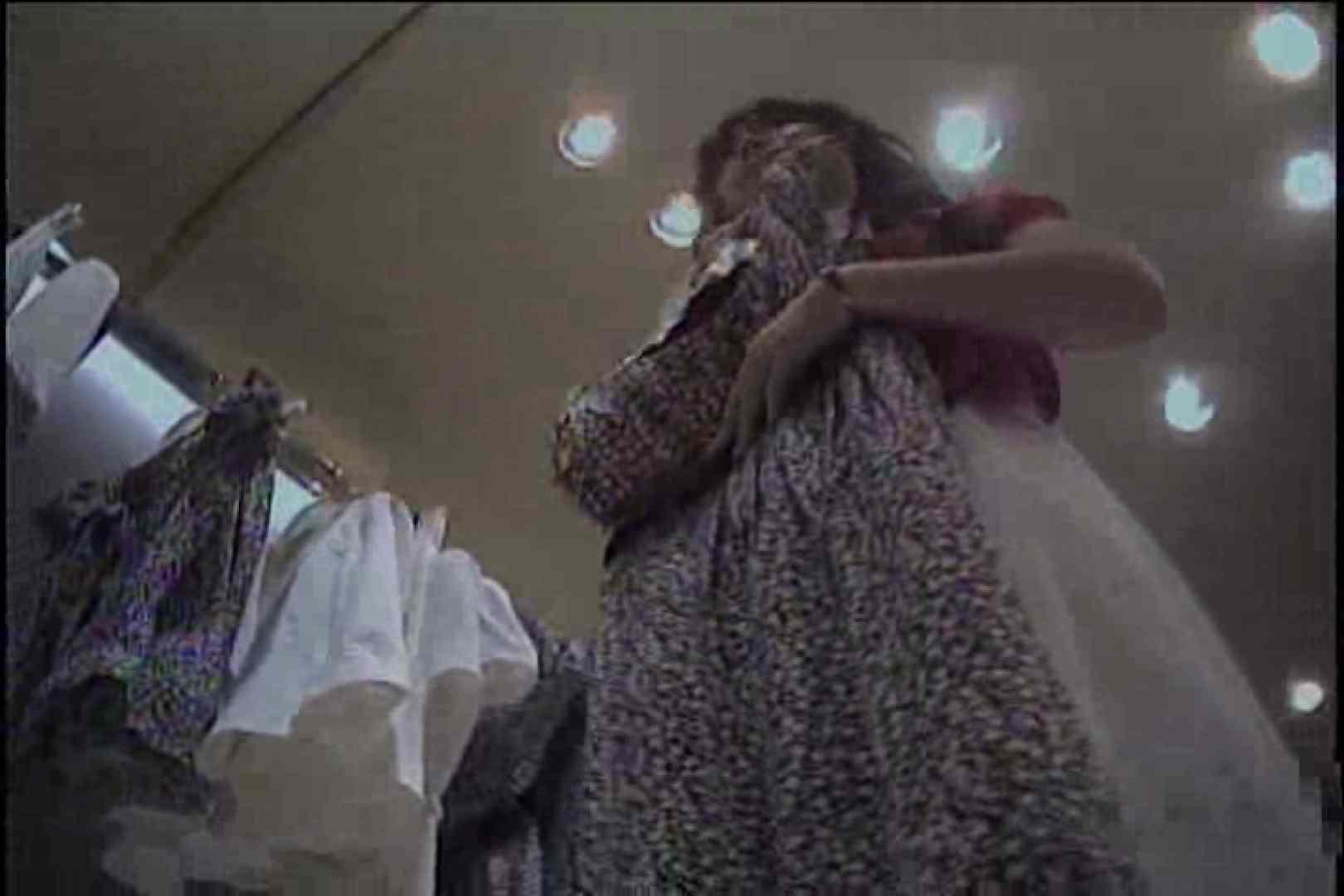 ショップギャルパンチラ!ただ今接客中!!Vol.6 OLヌード天国 盗み撮り動画キャプチャ 101PIX 38
