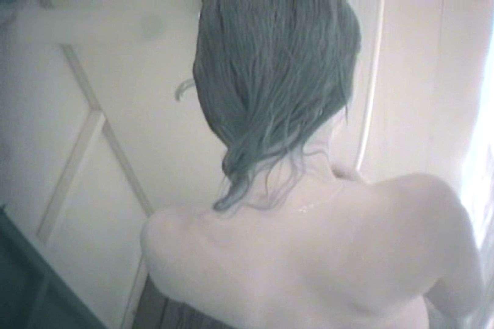 夏海シャワー室!ベトベトお肌をサラサラに!VOL.02 シャワー室 | シャワー  63PIX 1