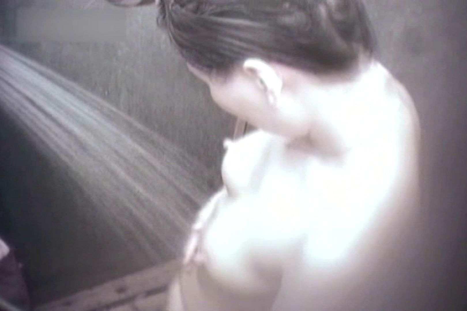 夏海シャワー室!ベトベトお肌をサラサラに!VOL.02 シャワー室 | シャワー  63PIX 31