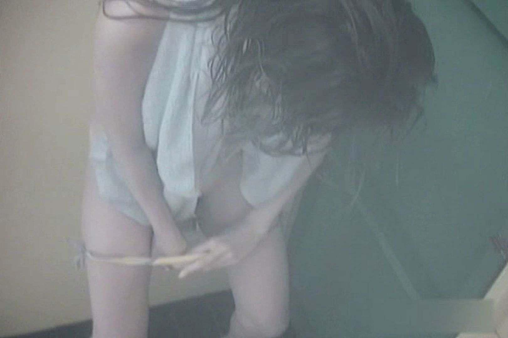 夏海シャワー室!ベトベトお肌をサラサラに!VOL.07 シャワー室 | 着替え  76PIX 1