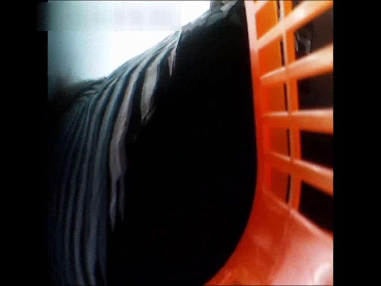 ぴざさん初投稿!「ぴざ」流逆さ撮り列伝VOL.22(一般お姉さん、奥様編) チラ ワレメ動画紹介 97PIX 48