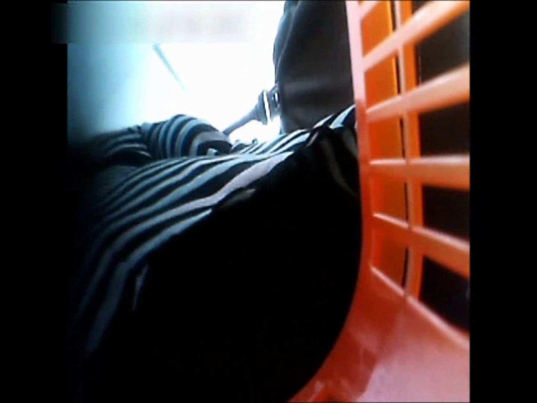 ぴざさん初投稿!「ぴざ」流逆さ撮り列伝VOL.22(一般お姉さん、奥様編) お姉さんのエッチ | 投稿  97PIX 51